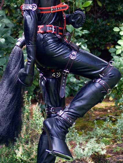 Latex catsuits are perfect for outdoor ponyplay. Seamless integration with rubber ponyplay hoof gloves makes this ideal for rubber fetishists
