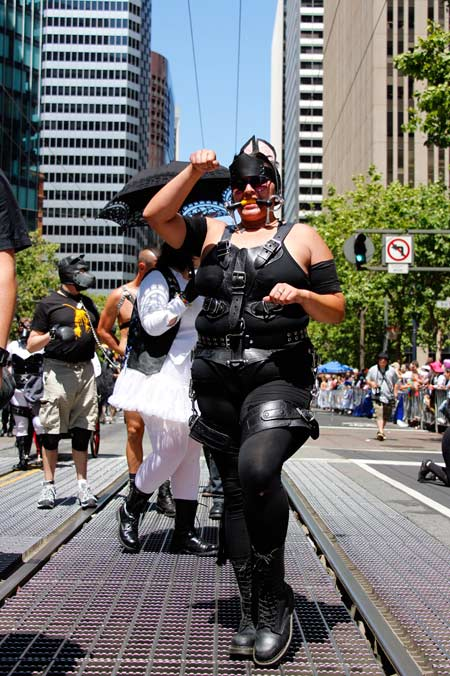 An enthusiastic ponygirl trotting in the 2013 SF Pride Parade